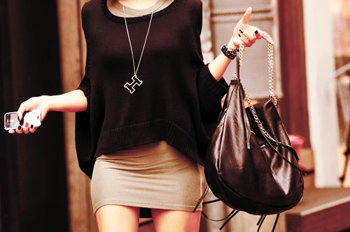 .Minis Skirts, Fashion, Style, Clothing, Sweaters Dresses, Night Outfit, Over Sweaters, Tights Dresses, Big Bags