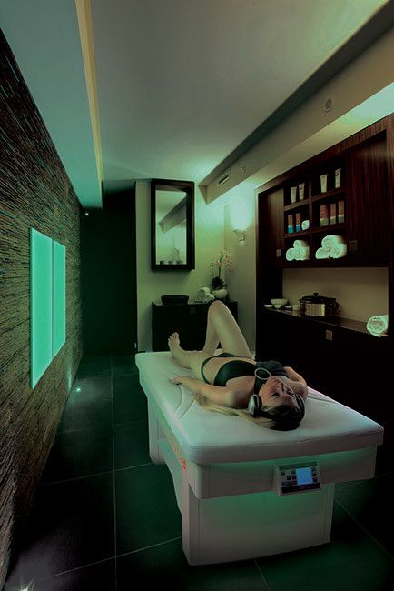 Vivaldi - Vibro musical and chromotherapy wellness bed. Spa furniture with the vibro musical massage.
