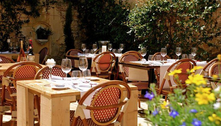 Hôtel Saint Laurans, Aurignac – boka med Bästa pris-garanti! 192 recensioner och 28 bilder finns på Booking.com.
