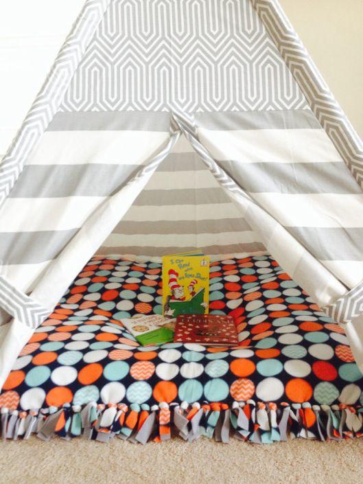 No Sew Floor Pillow | thekitchenandthecave