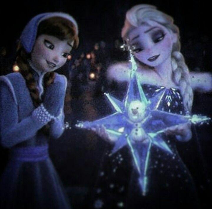 Elsa looks like she should be on a emo-punk rock band cover.