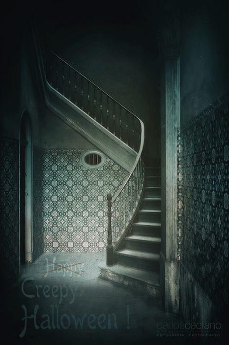 Happ... CREEPY HALLOWEEN! http://www.carlos-caetano.com