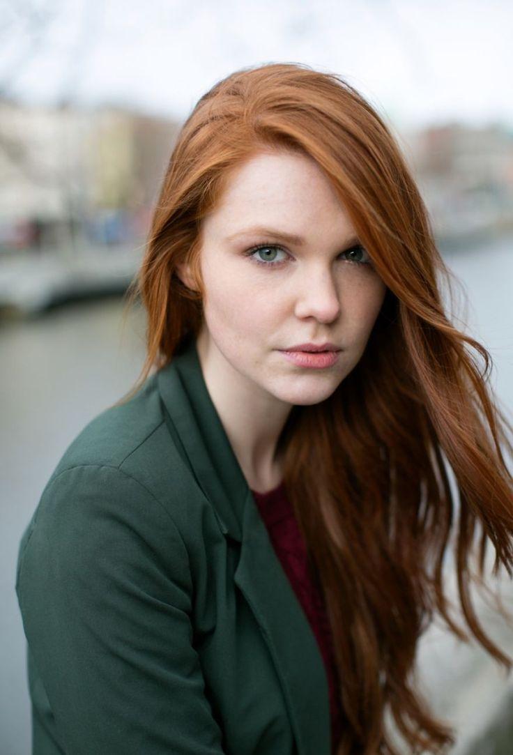 teen-redheaded-woman