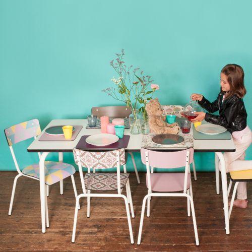 Les 25 meilleures id es de la cat gorie table en formica for Chaise formica