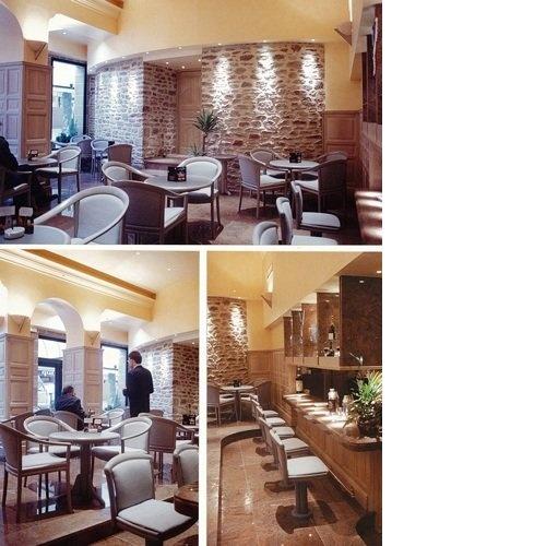 La tour Mage au centre de Rodez  Un concept qui offrait une vision depuis le bar situé en partie basse et ayant une vue sur l'ensemble du restaurant et de la terrasse.   Philippe Ponceblanc Architecte d'intérieur http://www.architecte-interieur.com