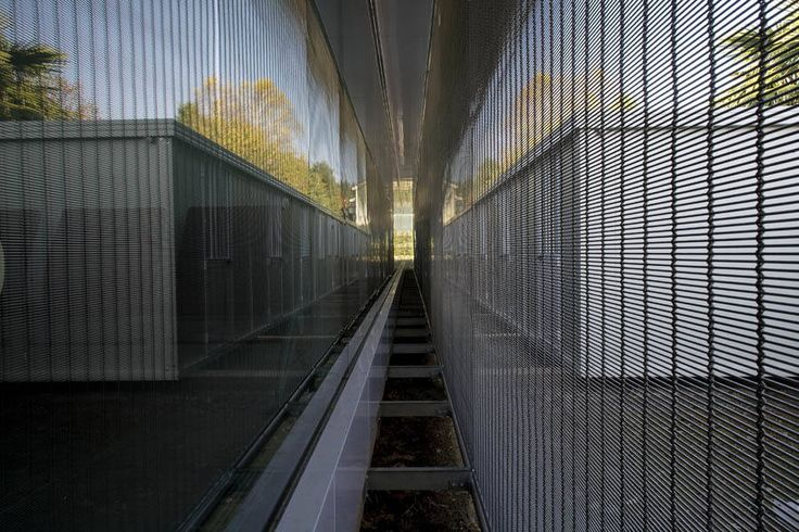 Frangisole Azienda Carboncini : Complesso d'uffici moderni di Tessitura Tele Metalliche Rossi