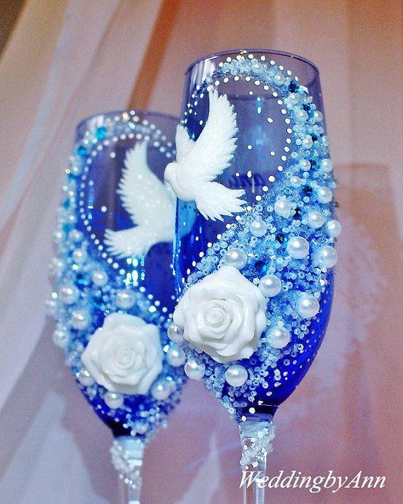 Belle bicchieri di Champagne nozze colombe, bicchieri brindisi di nozze, sposa e sposo, personalizzato tostatura Flutest, regalo, anniversario di nozze