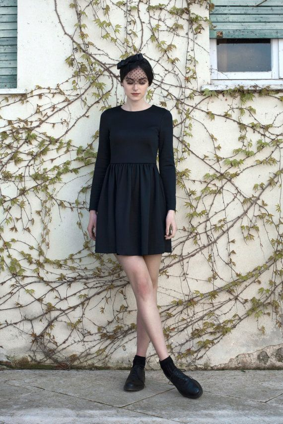 "Sober and elegant, Valerie is the timeless classic ""Little Black Dress"".  Comfortable and gorgeous, this bon-ton dress can be worn for every occasion.  Carefully handcrafted in Italy.  Omioo woman fashion local. Made in italy, black dress."