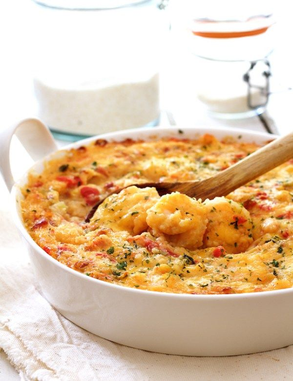 This easy #Spicy Shrimp and Grits Casserole with Gouda Cheese recipe provides a delicious spin on a Southern classic.