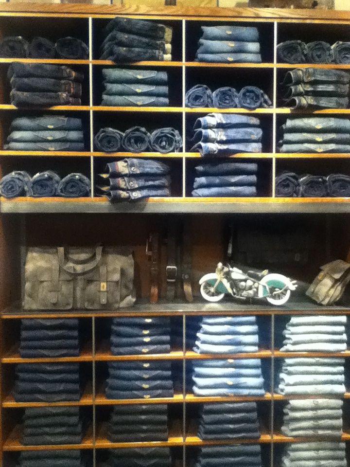 Denim Visual Merchandising_Just Jeans Retal Merchandising Display
