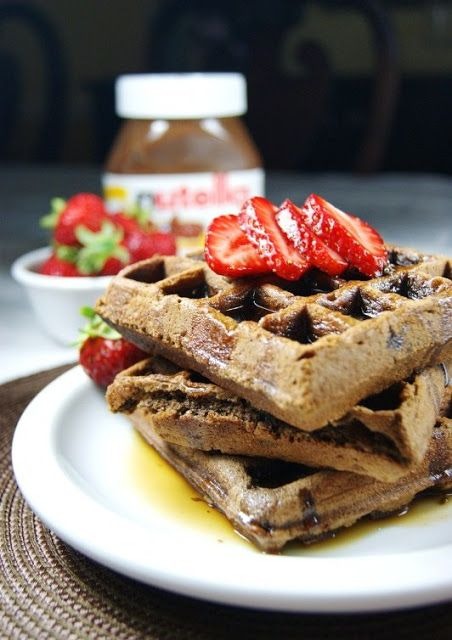 Yummy Nutella waffles ... for breakfast, brunch, or dessert.  Nutella waffle sundae, anyone?