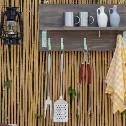 Stuck on a gift idea for Dad? There is still time to make this braai tools hanger – the perfect #DIY for the ultimate braai master. Step by step instructions on the website. Link in bio. #BuildersSummerDIY  #Diytip #Diyhacks #Hacks #toptip #DIY#localislekker #braai #braaivibes#braaitime  https://goo.gl/Wz9pq5