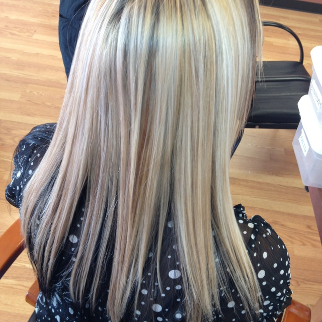 Blonde Highlights And Carmel Lowlights With Dark Mohogany