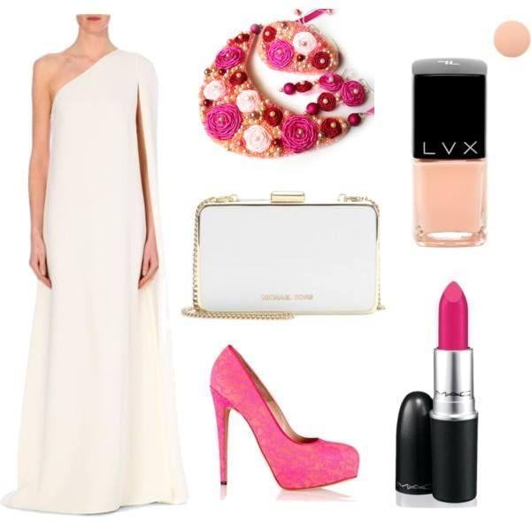Nové výrazné šperky sa dajú skombinovať napríklad k takýmto jednoduchým šatám, kde plne vyniknú a zažiaria.
