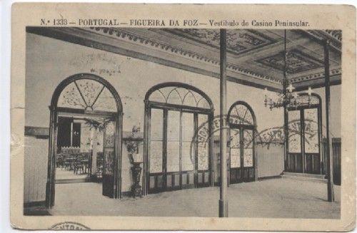 Figueira da Foz : Vestibulo do Casino Peninsular
