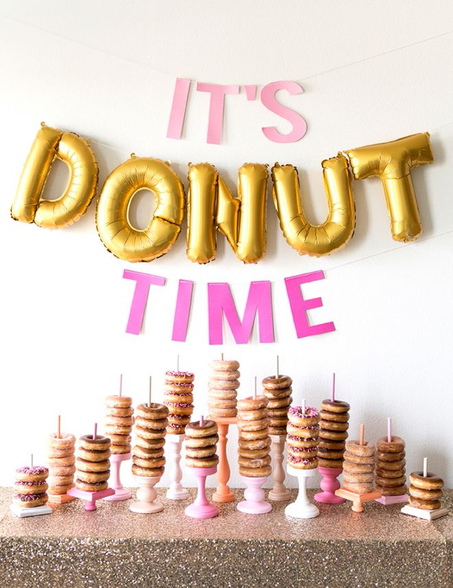 You have to see this DIY wedding donut bar! How fun would this be for a Bridal Shower??
