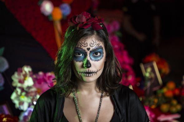 desenroladas-catrina-caveira-mexicana-maquiagem-halloween-4