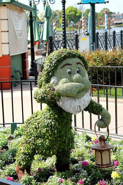 Sneezy Topiary | Flickr - Photo Sharing!