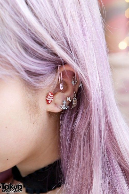 pastel goth   Tumblr... Not a fan of piercing, but this looks kinda cute.