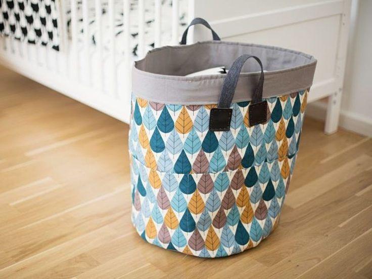 les 25 meilleures id es concernant couture pour b b sur pinterest couture de v tements pour. Black Bedroom Furniture Sets. Home Design Ideas