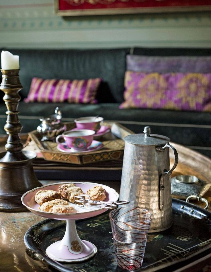Coffee and Sweets in the upstairs salon.