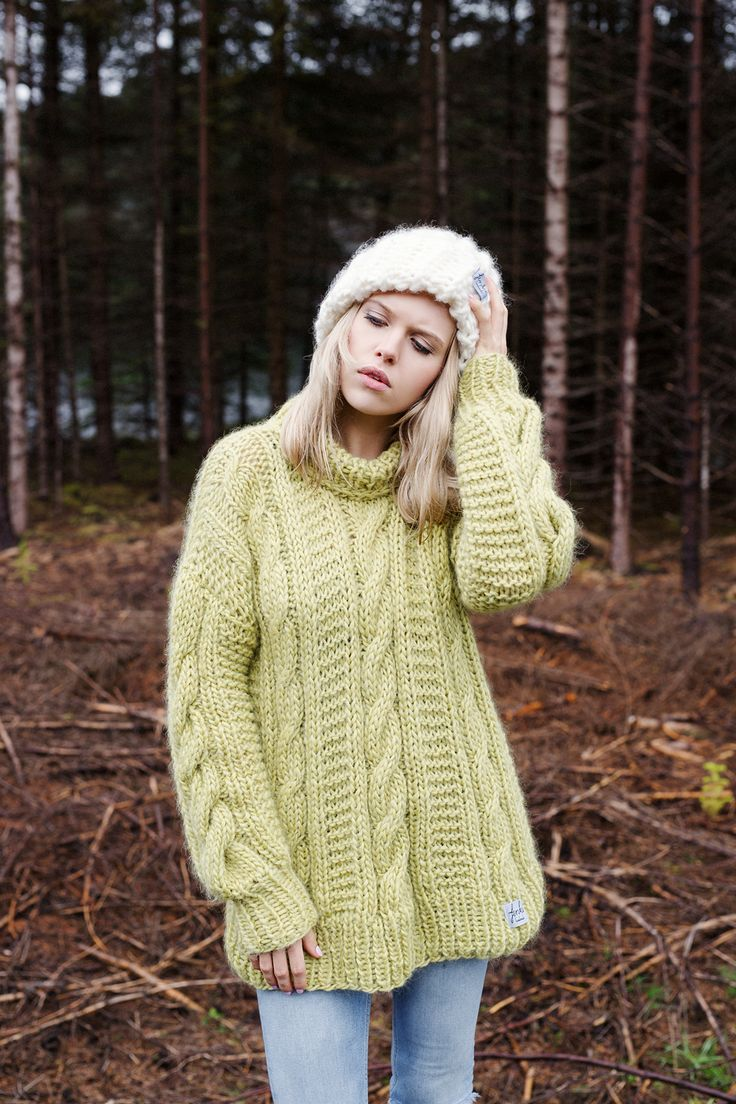 Finkewear/ www.finkewear.com/ Knitwear/ Sweater/ Big Knit/ Cable Knit/ Scandinavian / Fashion/ Campaign/ Forest