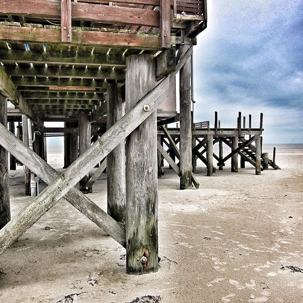 Sankt Peter Ording, Germany. @daretoreachforthestars - #statigram
