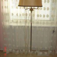 lampa20 tal   äldre gustaviansk golvlampa pris : 400 kr finns i malmö..