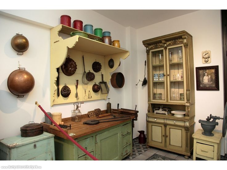 Kutyás helyek - Magyar Kereskedelmi és Vendéglátóipari Múzeum  #kutya #kutyabarát #múzeum #óbuda #budapest #mkvm #kutyabaráthelyek #vintage