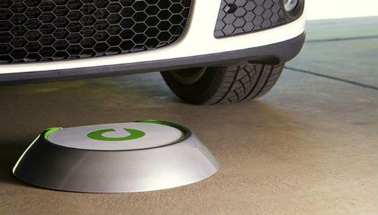 http://gabatek.com/2013/06/17/tecnologia/bosch-presenta-cargador-inalambrico-para-carros-electricos/ Bosch presenta cargador inalámbrico para carros eléctricos
