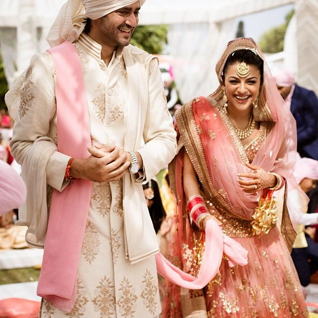 Love the soft colors ! Vj Gaurav and his wife Kirat on their wedding day! Photos shot by bhumi and simran photography!