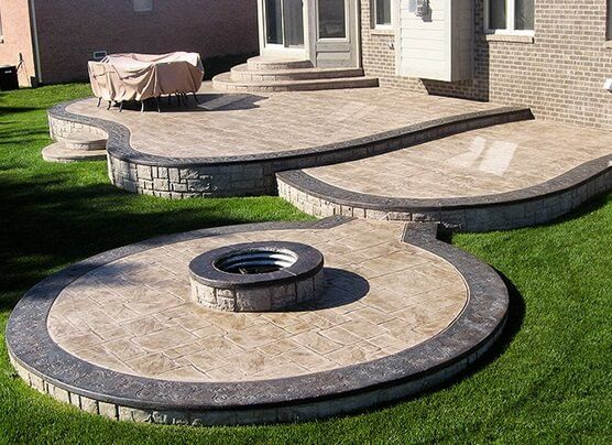 Beautiful stamped concrete patio ideas - Concrete backyard design ...