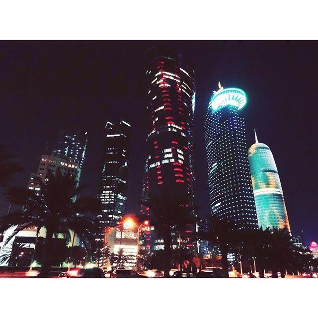 Instagram【jpzmrzlinar】さんの写真をピンしています。 《#doha #qatar #middleeast #city #night #lights #modern #building #architecture #stroll #walk #road #trip #travel #tb #ドーハ #カタール #中東 #都市 #街 #夜景 #夜 #ビル #建物 #建築 #道路 #散策 #散歩 #旅行 #旅》