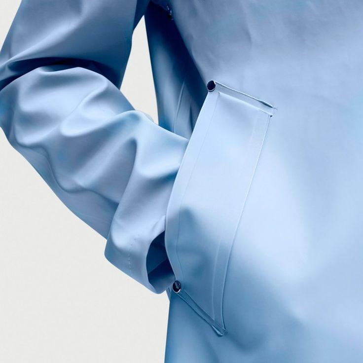 Fashion we like / Rain Coat / Rubber / Rivets / Pocket / at IndustrialDesigners.co | Stutterheim