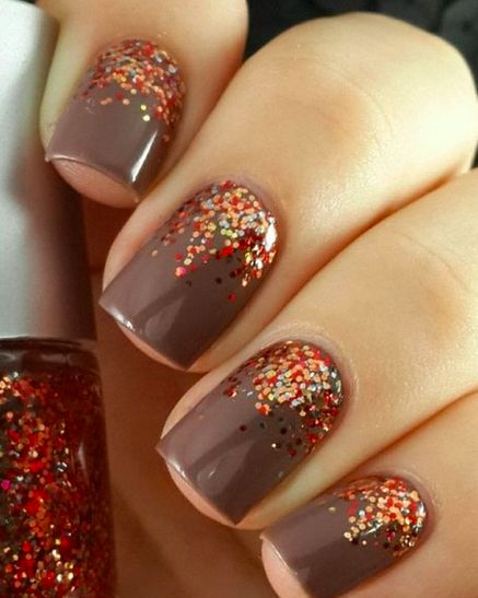 The best Thanksgiving manicures you need to get before tomorrow