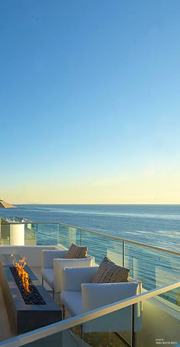 Oceanfront patio