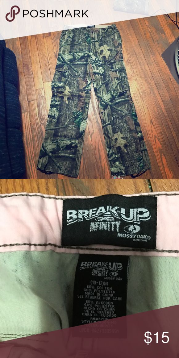 Mossy Oak hunting pants Never worn. Great condition. Pants Boot Cut & Flare