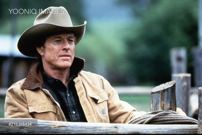 Yooniq images - THE HORSE WHISPERER TOUCHSTONE PICTURES ROBERT REDFORD Picture from the Ronald Grant Archive THE HORSE WHISPERER TOUCHSTONE PICTURES ROBERT REDFORD