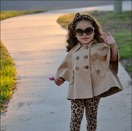 Perfection for my 3 yo, she would luv, luv this outfit!