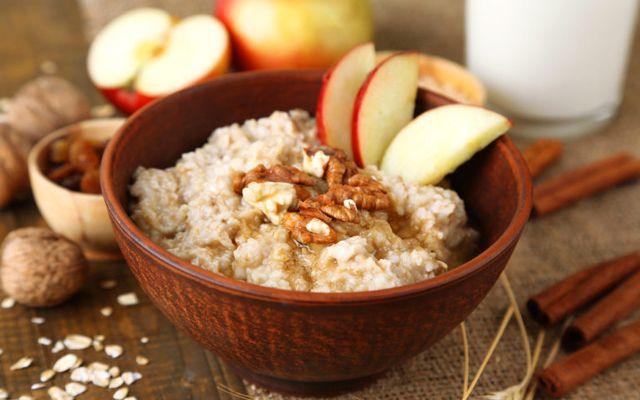 kahvaltıda yulaf ezmesi nasıl yenir, meyveli yulaf ezmesi zayıflama, yulaf ezmesi nasıl yapılır, sütlü yulaf ezmesi tarifi, yulaf ezmesi tarifleri diyet