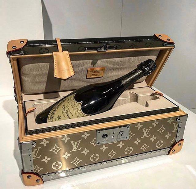 f20936f3269f Louis Vuitton x Dom Perignon titanium champagne trunk. 🍾 🥂 📷   mrkimjones