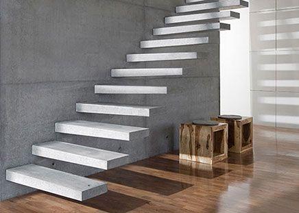 Betonnen zwevende trap
