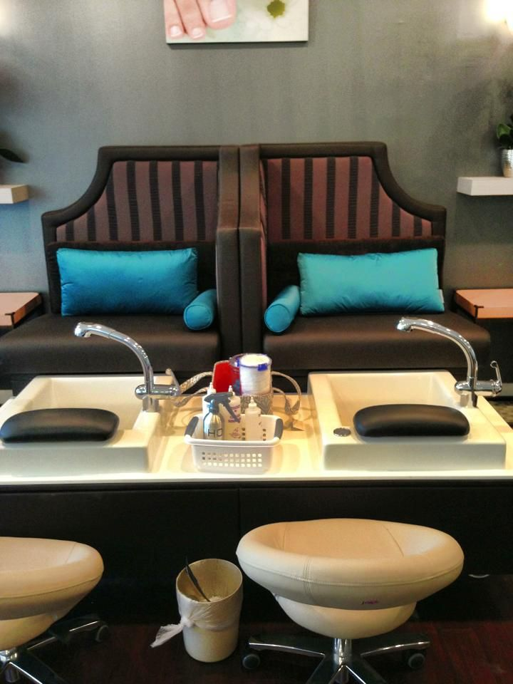 V Town Decor Your Source For Nail Furniture Spa Chairs Et Salon