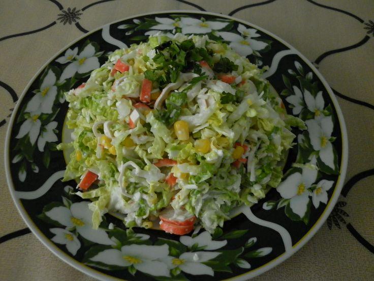 Салат из капусты в винном соусе