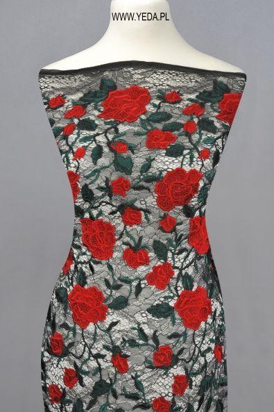 Koronka W33884 BLACK RED  Doskonała na suknie koktajlowe lub wieczorowe. Idealna dla druhen, świetnie prezentuje się na przyjęciach weselnych,studniówkach lub balach sylwestrowych.