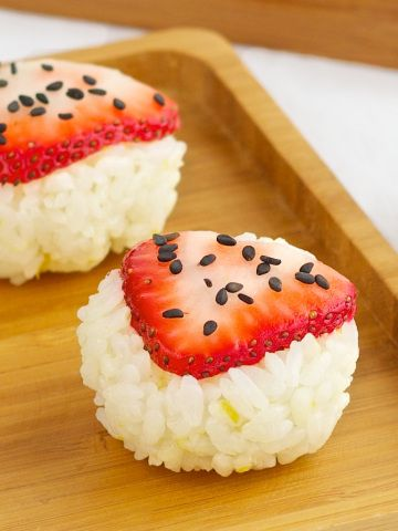 Strawberry Sushi - seriously, wow.