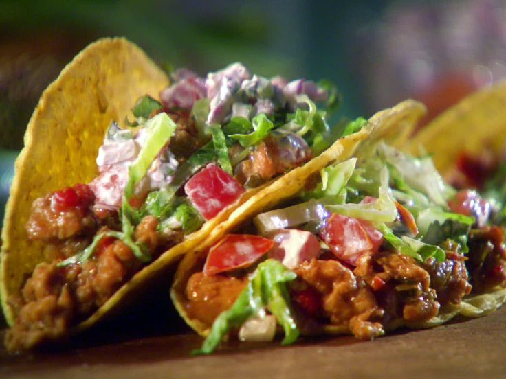 Ground Chicken Tacos with Creamy Salsa