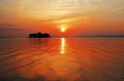 【松江】宍道湖に沈む夕日にうっとりする観光スポット5選 - TravelBook(トラベルブック)