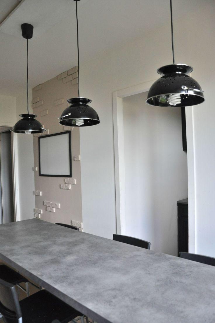 Pourquoi juste faire un comptoir en #beton quand on peut avoir une table qui s'agence!