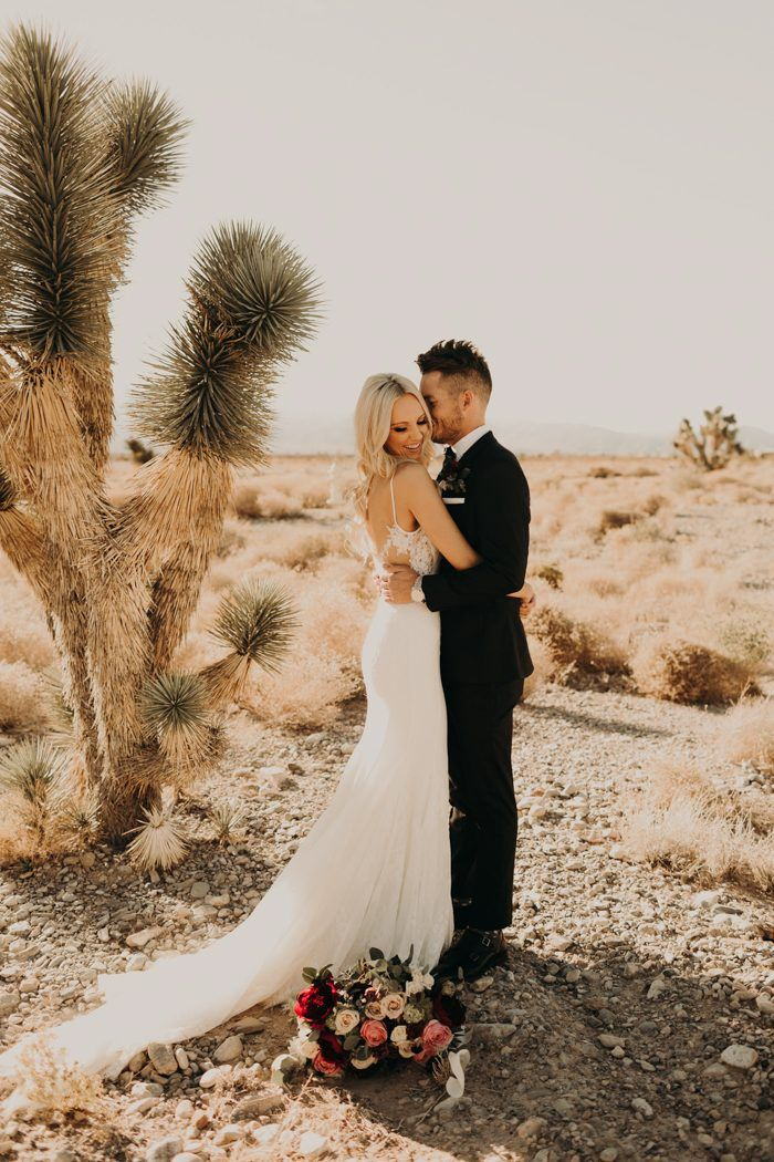 Can T Get Enough Of This Boho Glam Las Vegas Wedding At Paiute Golf Resort Junebug Weddings Las Vegas Wedding Photographers Vegas Wedding Vegas Wedding Venue